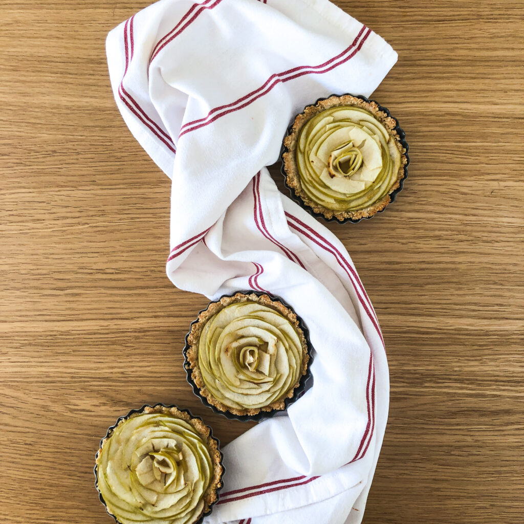 Healthy Apple Rose tarts